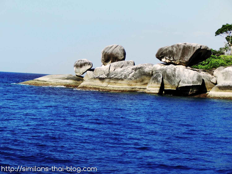 rocks-in-ocean